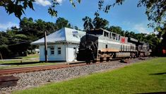 Norfolk Southern, Mansions, House Styles, Home Decor, Decoration Home, Manor Houses, Room Decor, Villas, Mansion