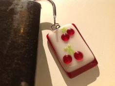 Signet cerise fruit verre fusionné rouge par CONCEPTIONSSARRAH, $9.00