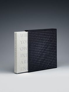 Discover the Bottega Veneta Book Luxury edition: The luxury edition is slipcased in intrecciato leather and will be sold exclusively in Bottega Veneta boutiques. Graphic Design Print, Graphic Design Illustration, Graphic Design Inspiration, Editorial Layout, Editorial Design, Print Layout, Layout Design, Book Cover Design, Book Design