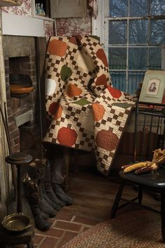 Primitive Quilts and Projects Magazine - Love the pumpkin design!