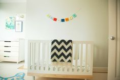 Love this Babar Nursery incorporating the @Oeuf NYC #ClassicCollection Crib! @Project Nursery | Junior