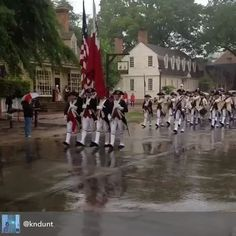 Nice video of visiting F&D marching down DoG Street, courtesy @kndunt!  #colonialwilliamsburg #drummerscall2016 #colonialwilliamsburg