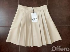 Offero - Inzeruj lepšie Cheer Skirts, Clothes, Fashion, Outfits, Moda, Clothing, Fashion Styles, Kleding, Outfit Posts