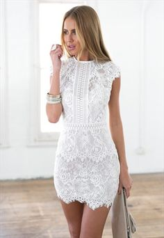 Very short special event clothes, very short sexyhomecoming clothes, and semi-formal graphic designer long dresses. White Lace Mini Dress, Mini Dress Formal, Short Lace Dress, Little White Dresses, Prom Dresses Blue, Pretty Dresses, Casual Dresses, Short Dresses, Fashion Dresses