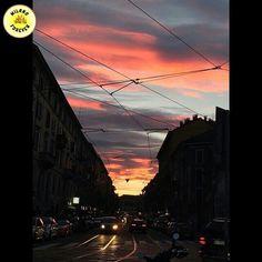 @milano_forever è felicissima di presentare  una delle fotografie più belle di oggi 9 Ottobre 2015 Complimenti al bellissimo scatto di @apo72 Date un'occhiata alla sua splendida galleria!! La foto è stata selezionata da @_cribri_ Grazie a chiunque seguirà e taggherà milano_forever  #igmilano #milanounica #milanogram #milanodaclick #instamilano #milanotiamo #milanodavivere #milanocity #igermilano #top_lombardia_photo #milano #mymilan #loves_milano #bestitalia #milanomilano #milanomia…