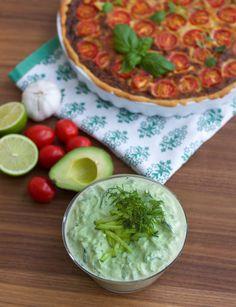 avokadotzatsiki Lchf, Chutney, Guacamole, Veggies, Food And Drink, Low Carb, Tasty, Snacks, Health