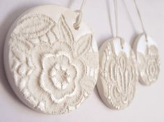 Lace Christms ornaments  round discs  white by LaNiqueHOME on Etsy, €38.00