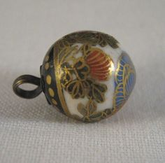 ANTIQUE SATSUMA BALL SHAPE BUTTON W/CHRYSANTHEMUMS AND LOTS OF GOLD #JAPAN