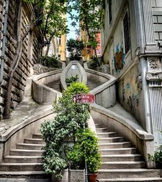 Camondo Steps by Galata region, Istanbul, Turkey The Beautiful Country, Beautiful Places, Places Around The World, Around The Worlds, Bósnia E Herzegovina, Places To Travel, Places To Visit, Istanbul Travel, City Aesthetic
