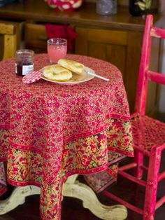 April Cornell Table Cloth   Love Me Some April Cornell Fabrics