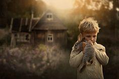 Russische, Fotografin, Magische, Porträts, Kindern, Tieren, Sommerlicht, Shumilovas, Sohn, Kaninchen.