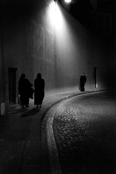noir by raldeni Film Noir Photography, Artistic Photography, Night Photography, Street Photography, Shadow Photography, Mass Culture, Movie Shots, Street Gallery, City Of Angels