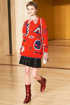 See the complete Coach 1941 Fall 2016 Ready-to-Wear collection.