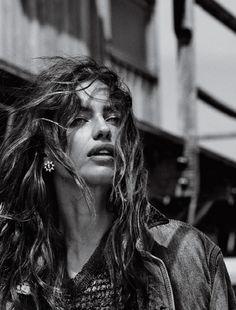 Na Natureza Selvagem: Irina Shayk By Giampaolo Sgura For Vogue Brazil August 2014