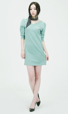 Designer brand by eeoom, korea  52,000won  http://www.eeoom.co.kr/front/php/product.php?product_no=34&main_cate_no=35&display_group=1