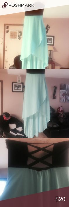Strapless turquoise and black flowy dress Beautiful dress back is longer than front mermaid flowy dress strapless with strapped back very flattering Dresses Maxi