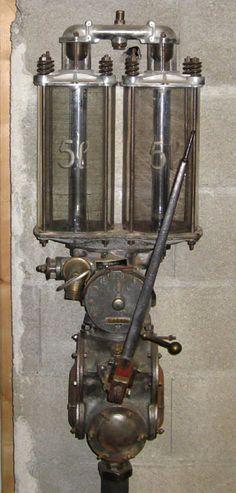 Vieille pompe à essence