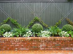 A Selection: other gardens designed by HEDGE