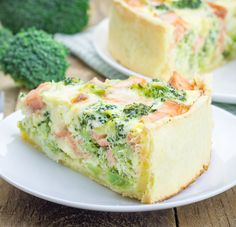 WW fresh salmon and broccoli quiche, recipe for a delicious salmon quiche flavored with dill and parmesan cheese easy and simple to make for a meal accompanied by a good salad. Tapas, Food Porn, Cooking Recipes, Healthy Recipes, Healthy Eats, Quiches, Salmon Recipes, Food Inspiration, Love Food