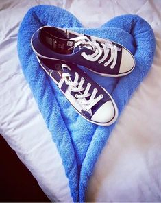Mrs. Susana Chau left her heart in Greece 🇬🇷 and took a piece of it forever with her!  Thank you so much for the wonderful photo 💙 Find your own celebrity destination at: www.celdes.com #exploreceldes #exploretheworld #celdes #santorini #greece Santorini Greece, Keds, Casual Shoes, Take That, Celebrity, Heart, Sneakers, Women, Fashion