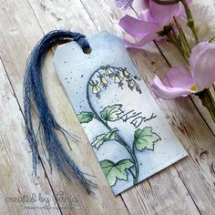 For you - Für Dich - I created this watercolor flower tag for the Karten-Kunst Blog. https://littleartcottage.blogspot.com/2018/07/for-you-fur-dich.html #kartenkunst #derwent #inktense #watercolor #ribbon #tag #handmade #stamps #stamping