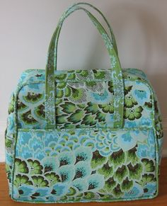 Weekender Bag: Exterior by jenjohnston, via Flickr