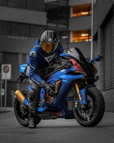 Gp Moto, Moto 50cc, Moto Bike, Maxi Scooter, Vespa Scooter, Motorcycle Suit, Futuristic Motorcycle, Bike Photoshoot, Bike Photography