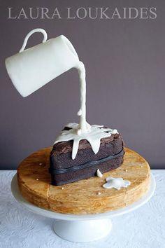 Trend We Love: Gravity-Defying Wedding Cakes | BridalGuide