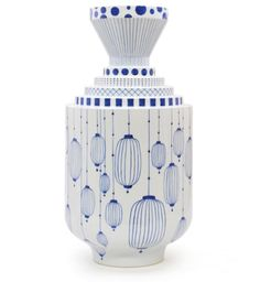 Large flower vase by Spanish designer Jaime Hayón for the traditional Japanese porcelain company Choemon.