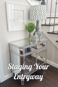Staging Your Entryway