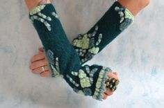 Alpaca Fingerless Arm Warmers  Cashmere Arm Warmers by Liquidshiva, $28.00