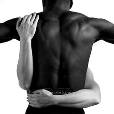 Back and arms in Black & White by BdK Fotografie Black And White Couples, Black And White Love, Black Men, White Women, Dark Fantasy, Photographie Art Corps, Interracial Art, Interracial Couples Quotes, Interacial Love