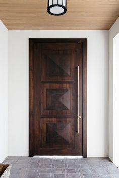 beautiful interior homes Single Door Design, Wooden Front Door Design, Exterior Front Doors, Floor Design, House Design, Beautiful Interiors, House Painting, Windows And Doors, Terracotta