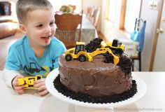 This Construction Themed Birthday Cake is perfect for the heavy equipment operator in your life! (Or old obsessed with loaders and back hoes!) This cake is super easy to make but will be a huge hit at the party! Digger Birthday Cake, Digger Cake, Truck Birthday Cakes, Truck Cakes, 2nd Birthday, Beautiful Chocolate Cake, Fig Cake, Cake Shapes, Super Simple
