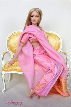 Barbie pink pink clothes