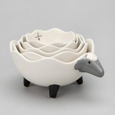 leilockheart:    Sheep Measuring Cup Set