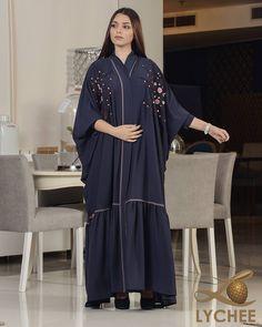 Image may contain: 1 person Dubai Fashion, Abaya Fashion, Muslim Fashion, Fashion Wear, Arabic Dress, Mode Abaya, Modern Hijab, Abaya Designs, White Maxi Dresses