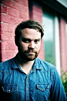 So talented and so damn sexy!!! Scott Hutchison!!!