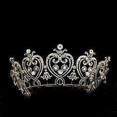 tiara of graduated floating hearts, cartier mancester tiara