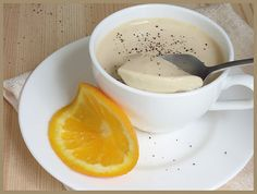 Earl Grey Panna Cotta >>omit earl grey and infuse milk with hazelnuts
