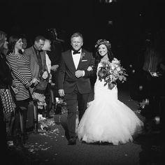 Kari Jobe | Wedding Kari Jobe, Contemporary Christian Music, Celebs, Celebrities, Celebrity Weddings, Wedding Bells, Singer, American, Wedding Dresses