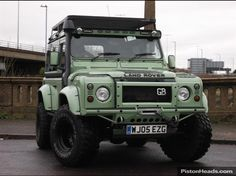 land-rover-defender-90-4x4-6-seats-unique-one-only-wow-102155251-1.jpg 730×547 pixels