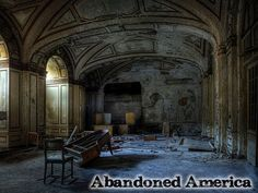 Abandoned America - Ruin Photography - Country Living ,,, The formerly grand Lee Plaza Hotel in Detroit, MI