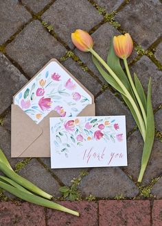 FREE printable: hand-painted floral thank-you cards with corresponding envelope liners and a handy envelope template