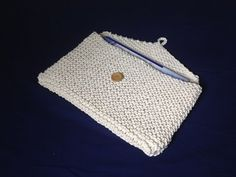 How to Loom Knit a Briefcase (DIY Tutorial) - YouTube