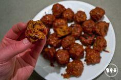 Lams gehaktballetjes met harissa door BBQproof  Ontdek de heerlijke smaak van lamsballetjes met harissa van de BBQ. Met dit lekkere recept tover je een heerlijk lamsgerecht van de barbecue.