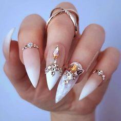 60 Awesome Natural Almond Nails Designs To Inspire You - Top Trends Fancy Nail Art, Fancy Nails, Bling Nails, My Nails, 3d Nail Art, Gorgeous Nails, Pretty Nails, Natural Almond Nails, Nagel Bling