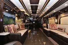 25 Luxury RV Motorhome Interior Design For Summer Holiday Rv Interior, Interior Motorhome, Camper Interior Design, Trailer Interior, Luxury Interior, Buying A Mobile Home, Luxury Mobile Homes, Luxury Motorhomes, Class A Rv