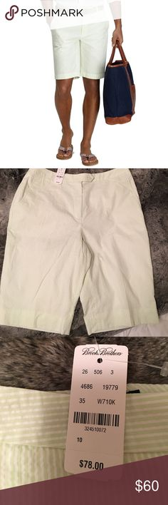 NWT BROOKS BROTHERS Bermuda shorts Green and white brooks brothers Bermuda shorts. NWT! These shorts are lined. Size 10 Brooks Brothers Shorts Bermudas