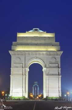 Blue Hour Shot of India Gate. Ganesh Wallpaper, Dark Wallpaper, Delhi Red Fort, Independence Day Images Download, 1 Day Trip, Independence Day Background, Temple India, India Gate, Photo Collage Template